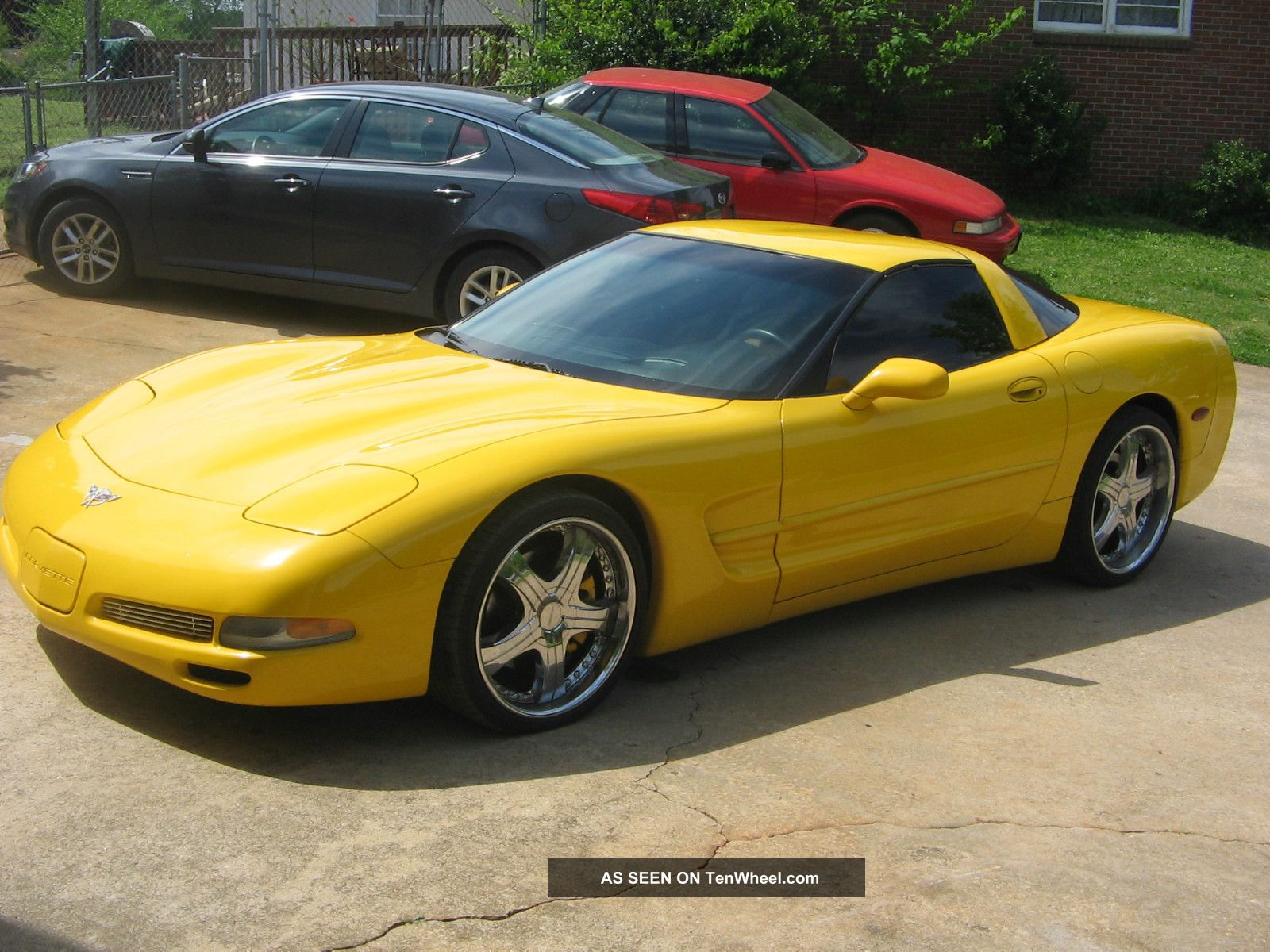 Chevrolet corvette th anniversary edition hatchback