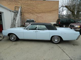 1967 Lincoln Continental Convertible photo