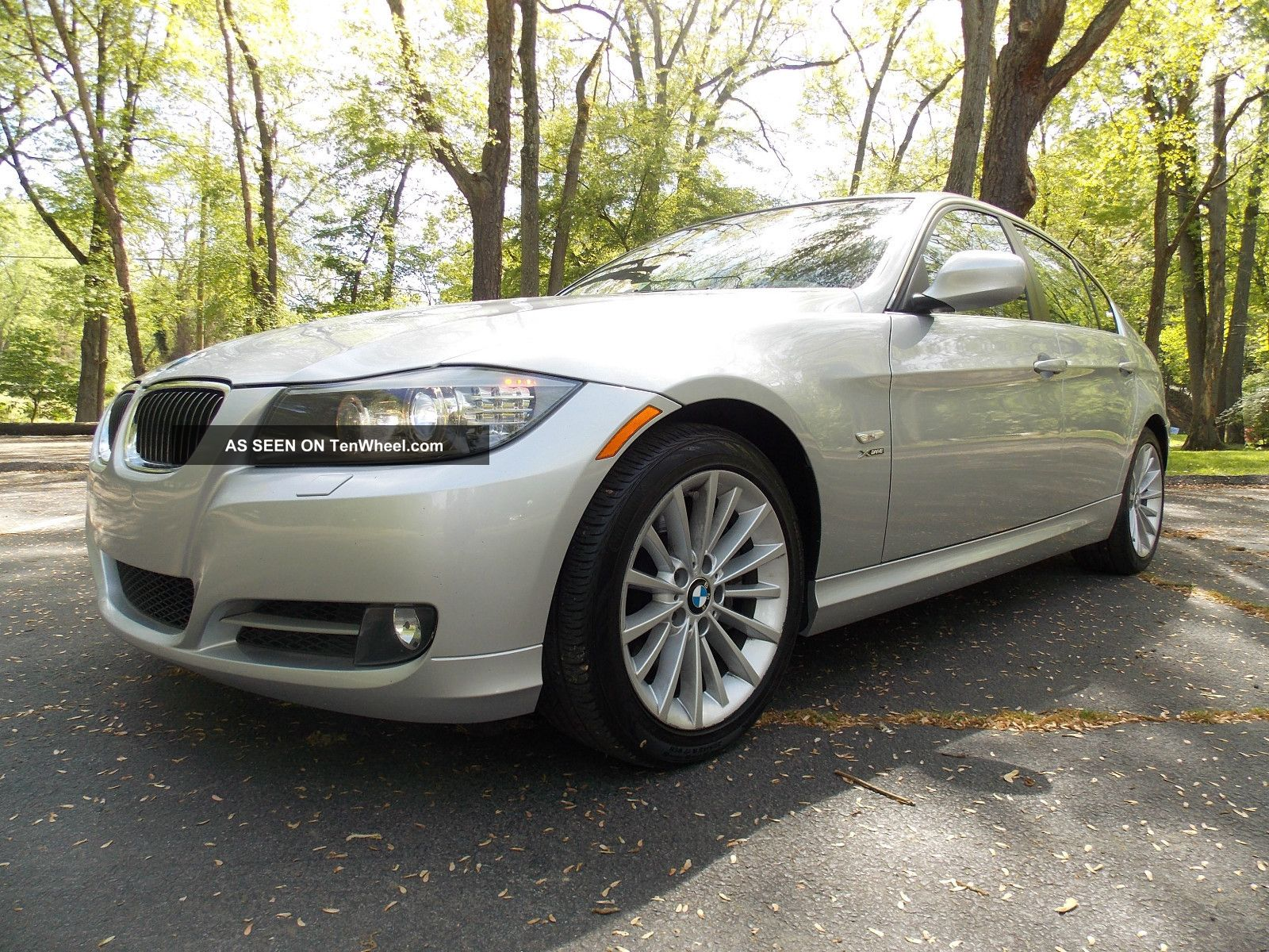 2009 Bmw 335 Xdrive With Premium Package And 3-Series photo