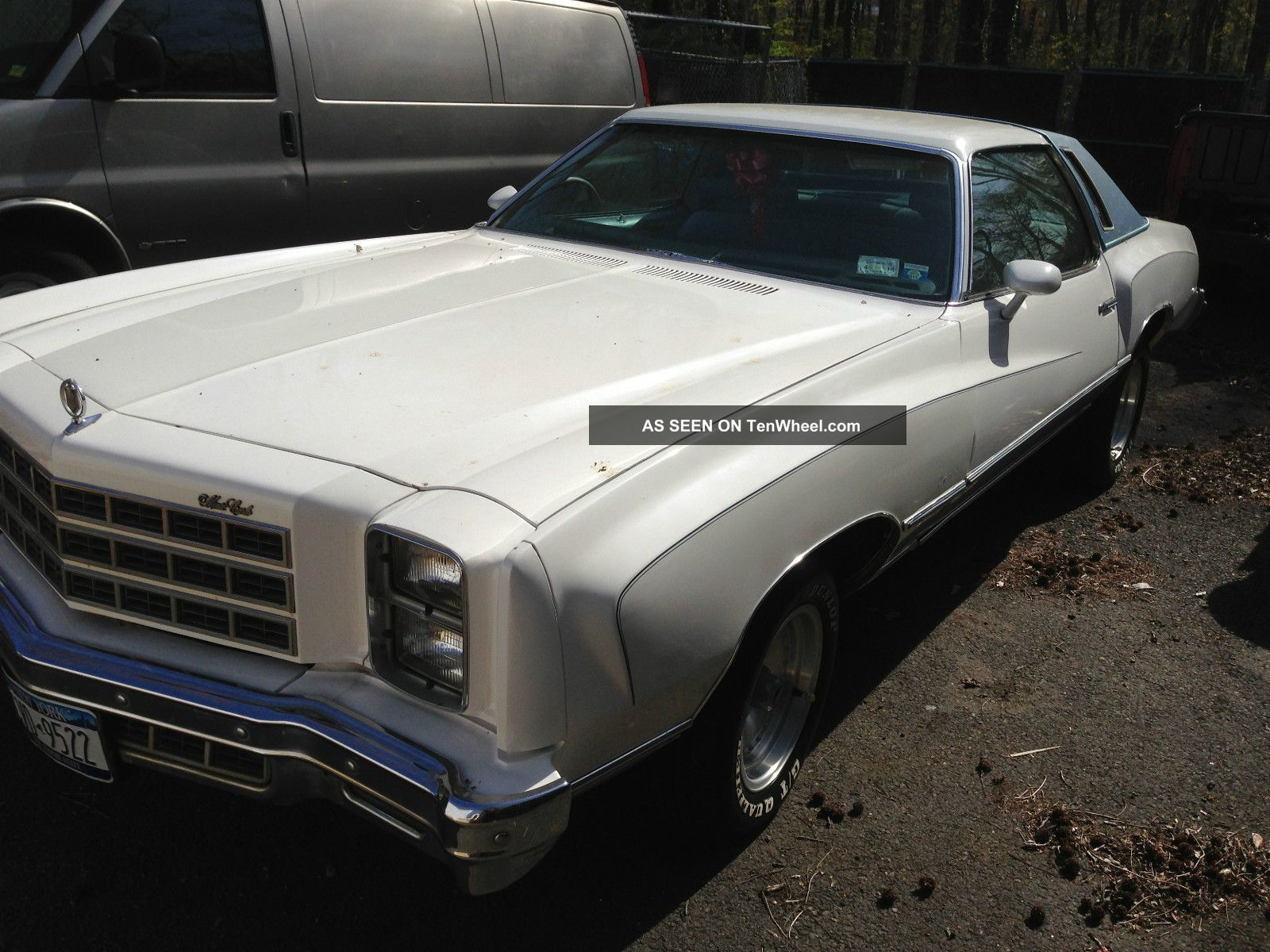 1977 Chevrolet Monte Carlo S Coupe 2 - Door 5.  7l Monte Carlo photo