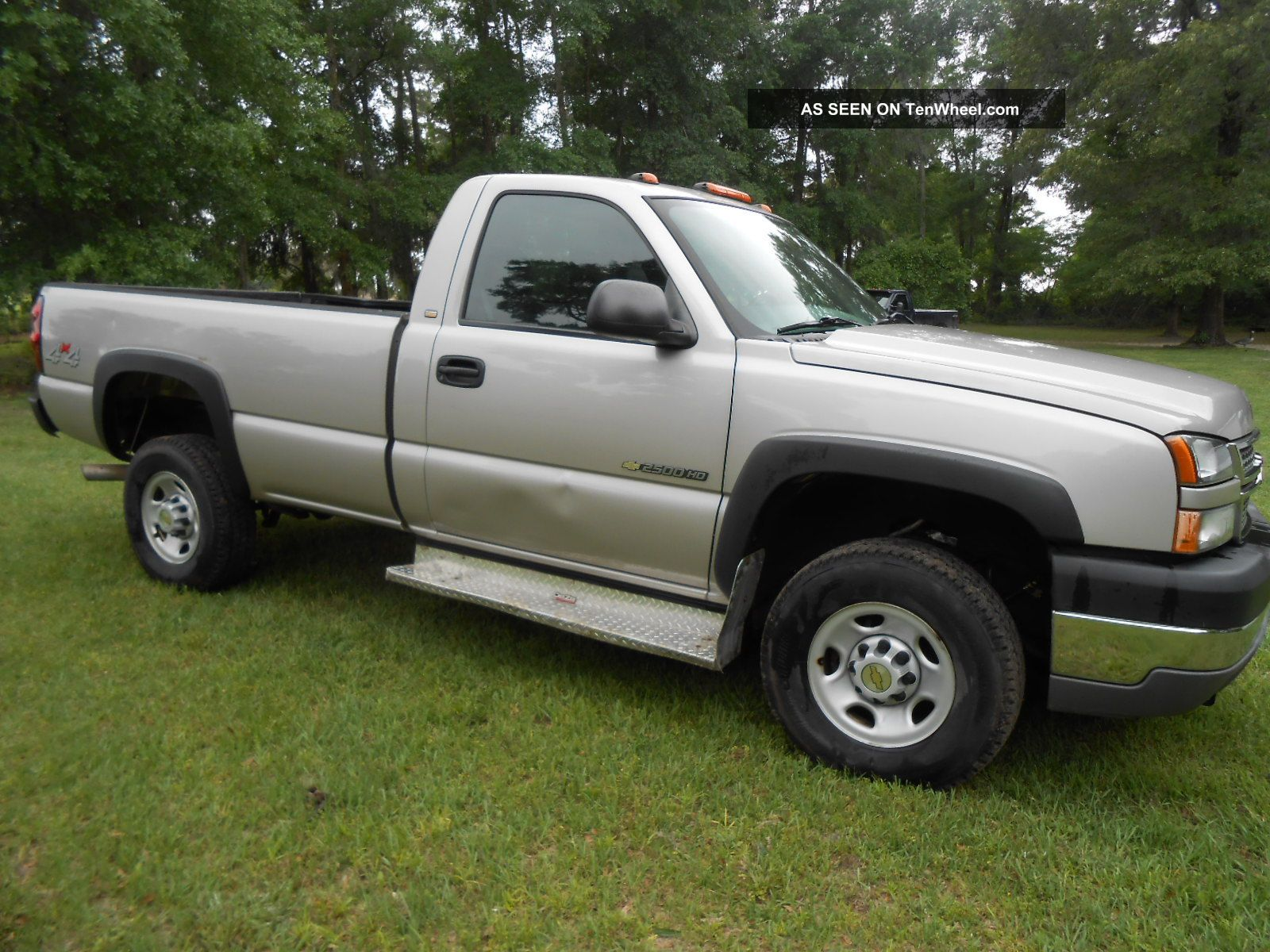 2005 chevrolet silverado 2500hd pickup 4wd. Black Bedroom Furniture Sets. Home Design Ideas