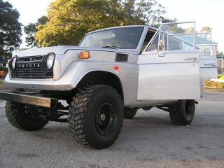 1972 Toyota Land Cruiser Fj55 - Inline 6 photo