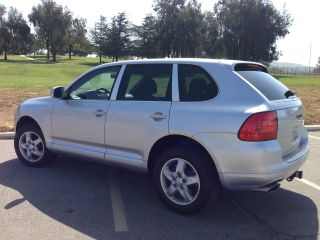 2006 Porsche Cayenne Base Sport Utility 4 - Door 3.  2l photo