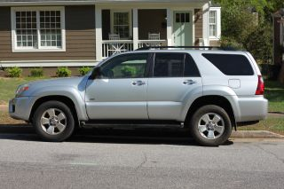 2006 Toyota 4runner Sr5 Sport Utility 4 - Door 4.  0l photo