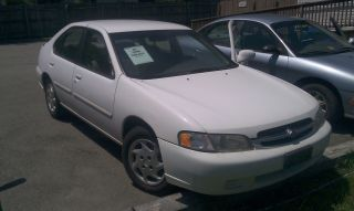 1999 Nissan Altima With Jasper Rebuilt Motor And 1 Year 30 K Mile photo