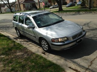 2001 Volvo V70 Wagon,  Auto, , ,  5 Cylinder ; photo