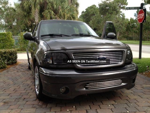 2002 ford f 150 harley davidson edition crew cab pickup 4 door 5 4l. Black Bedroom Furniture Sets. Home Design Ideas