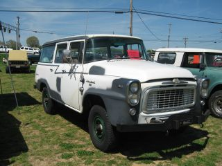 1959 International Harvester A - 120 Travelall 4x4 photo