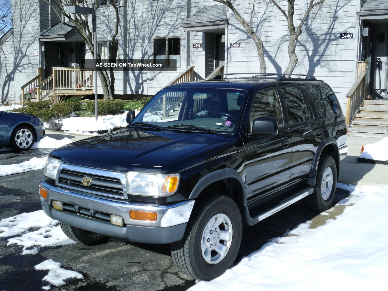 1997 Toyota 4runner Sr5 Sport Utility 4 - Door 3.  4l 4Runner photo