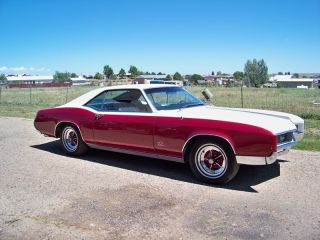 1966 Buick Riviera photo