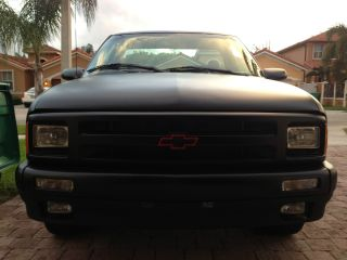 1994 Chevrolet S10 Ss Standard Cab Pickup 2 - Door 4.  3l photo