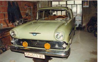 Vauxhall Victor 1960 photo