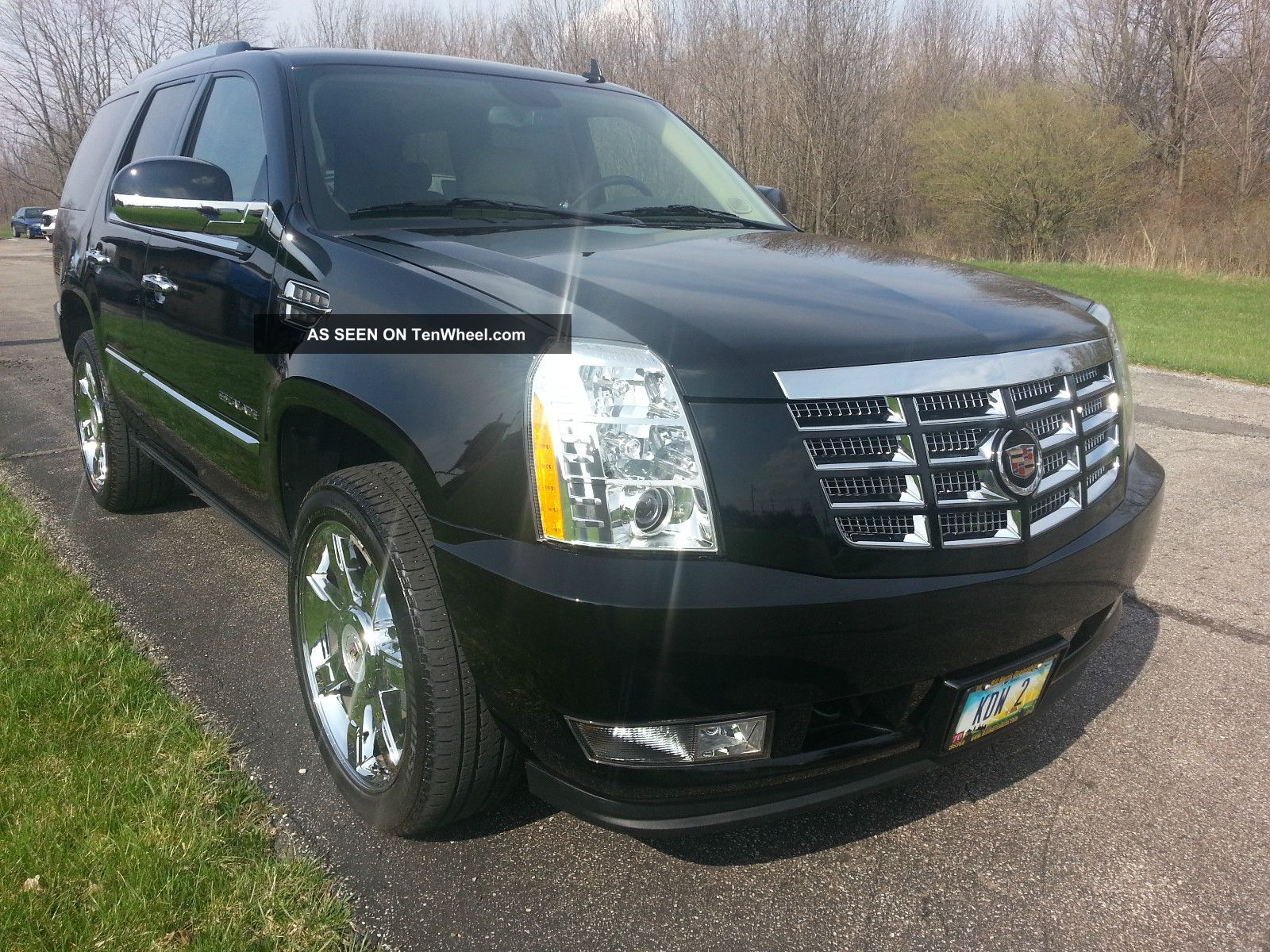 2010 Cadillac Escalade Base Sport Utility 4 - Door 6.  2l Excellent In And Out Escalade photo