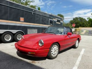 1994 Alfa Romeo Spider Veloce Convertible Commemorative Edition 074 Of 190 photo