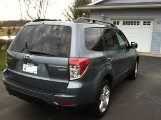 2010 Suburu Forester Fwd X Limited - Loaded With Features - photo