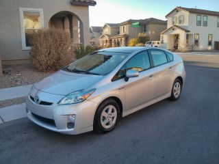 2010 Prius,  Gps, ,  Backup Cam,  Smart Key,  Jbl Sound, ,  Solar photo