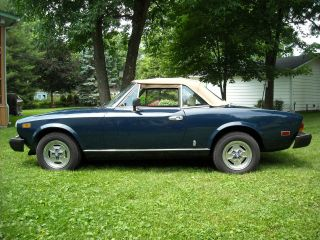 1982 Fiat Spider 2000 - Socalif Imported Car - Straight And Solid photo