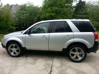 2005 Saturn Vue Base Sport Utility 4 - Door 2.  2l photo