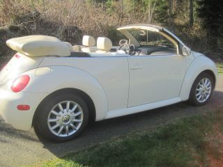 2005 Volkswagen Beetle Gls Convertible 2 - Door 2.  0l photo