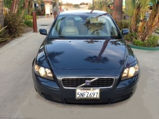 2005 Volvo S40 I Sedan 4 - Door 2.  4l photo