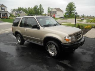 2000 Ford Explorer Sport 2 - Door 4.  0l photo