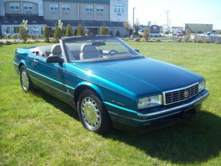 1993 Cadillac Allante Value Leader Convertible 2 - Door 4.  6l Northstar / Pin Fin photo