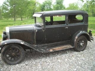 Pontiac 1929 2 Door Opera Sedan photo