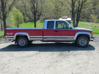 1993 Chevy Silverado 2500 4x4 photo