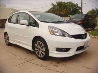 2012 Honda Fit Sport 5 Speed 40+ Mpg photo