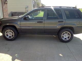 2004 Jeep Grand Cherokee Laredo Trail Rated 4x4 photo