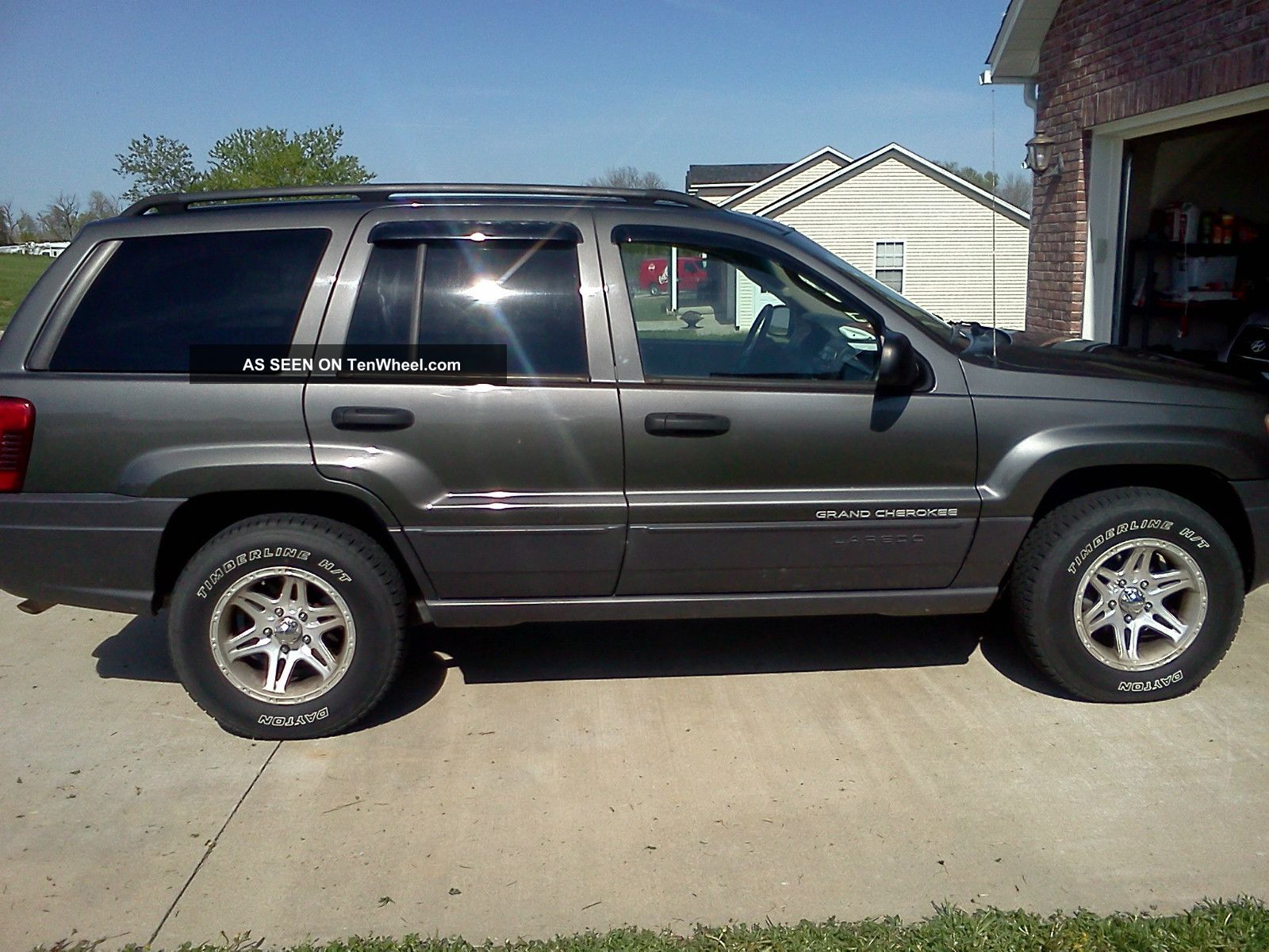 2004 jeep grand cherokee laredo trail rated 4x4. Black Bedroom Furniture Sets. Home Design Ideas