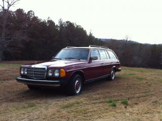 1979 Mercedes Benz 300d Diesel W / Veggie Oil Conversion photo