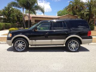 2005 Ford Expedition Eddie Bauer Sport Utility 4 - Door 5.  4l photo