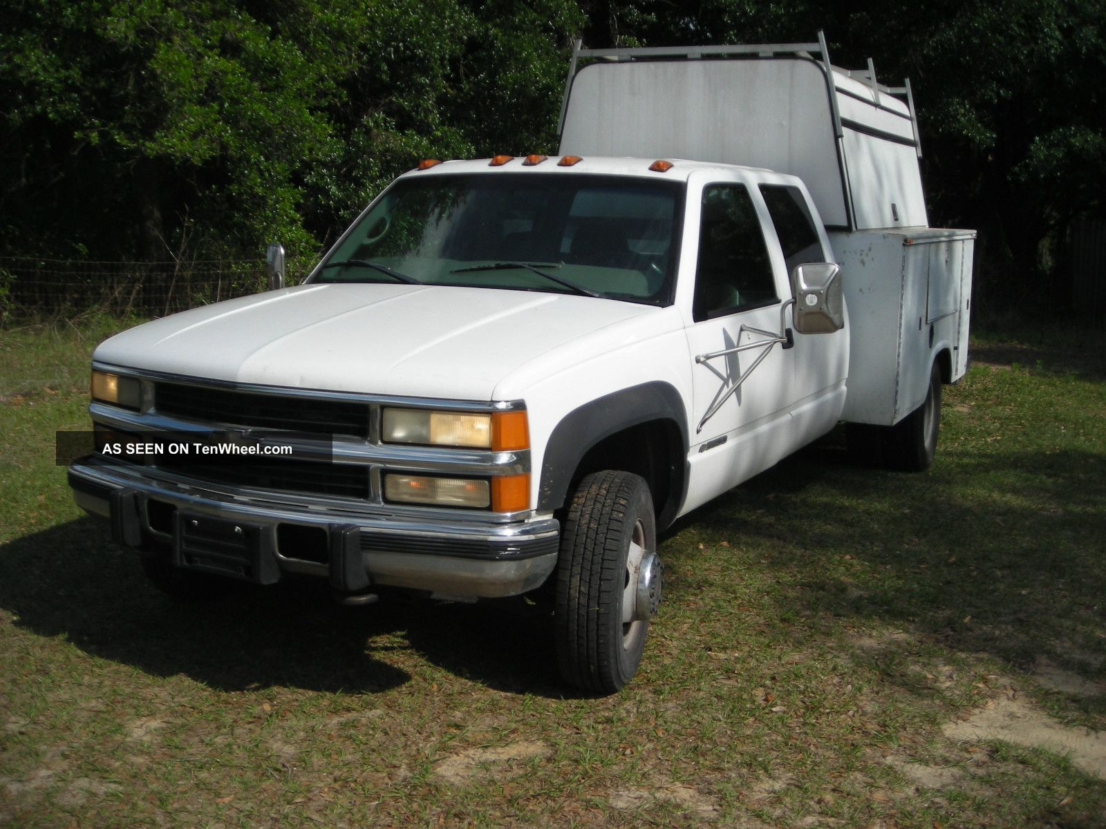 Chevrolet Wd Dually Diesel Crew Cab Pick Up Enclosed Bed Crane Winch Lgw on 1998 Dodge 3500 Dually