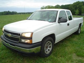 2006 Chevrolet Ext Cab 4 Dr 1500 5.  3 Automatic photo