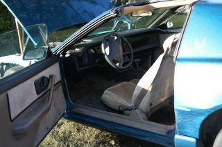 1992 Pontiac Firebird Base Coupe 2 - Door 3.  1l photo