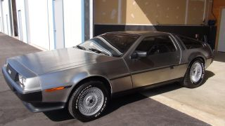 1983 Delorean photo
