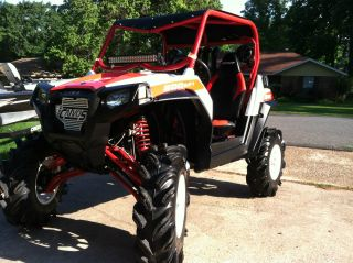 2012 Polaris Rzr 800 Limited Edition White / Red photo