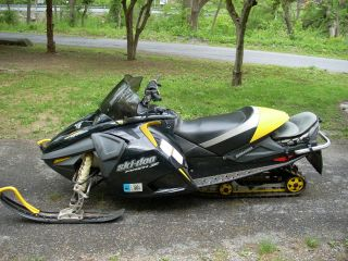 2005 Skidoo Mach Z photo