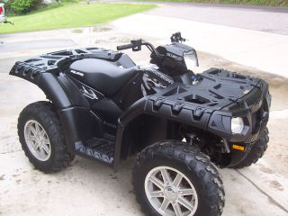 2010 Polaris photo