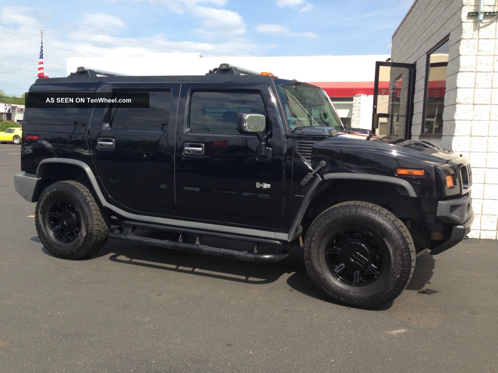 2003 Hummer H2 Base Sport Utility 4 - Door 6.  0l H2 photo