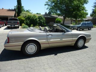 1990 Cadillac Allante Value Leader Convertible 2 - Door 4.  5l photo