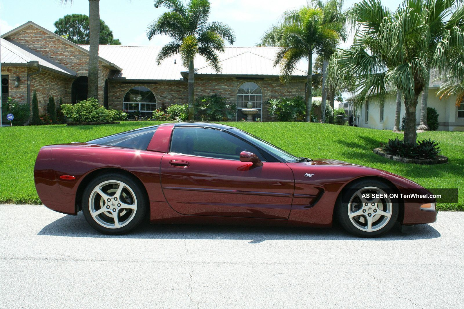 2003 corvette 50th anniversary hatchback coupe corvette photo 2. Cars Review. Best American Auto & Cars Review