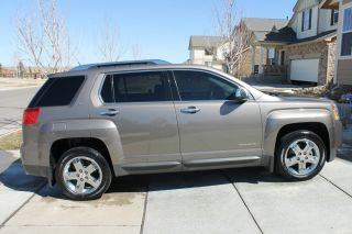 2012 Gmc Terrain Slt - 2 Rear Entertainment photo