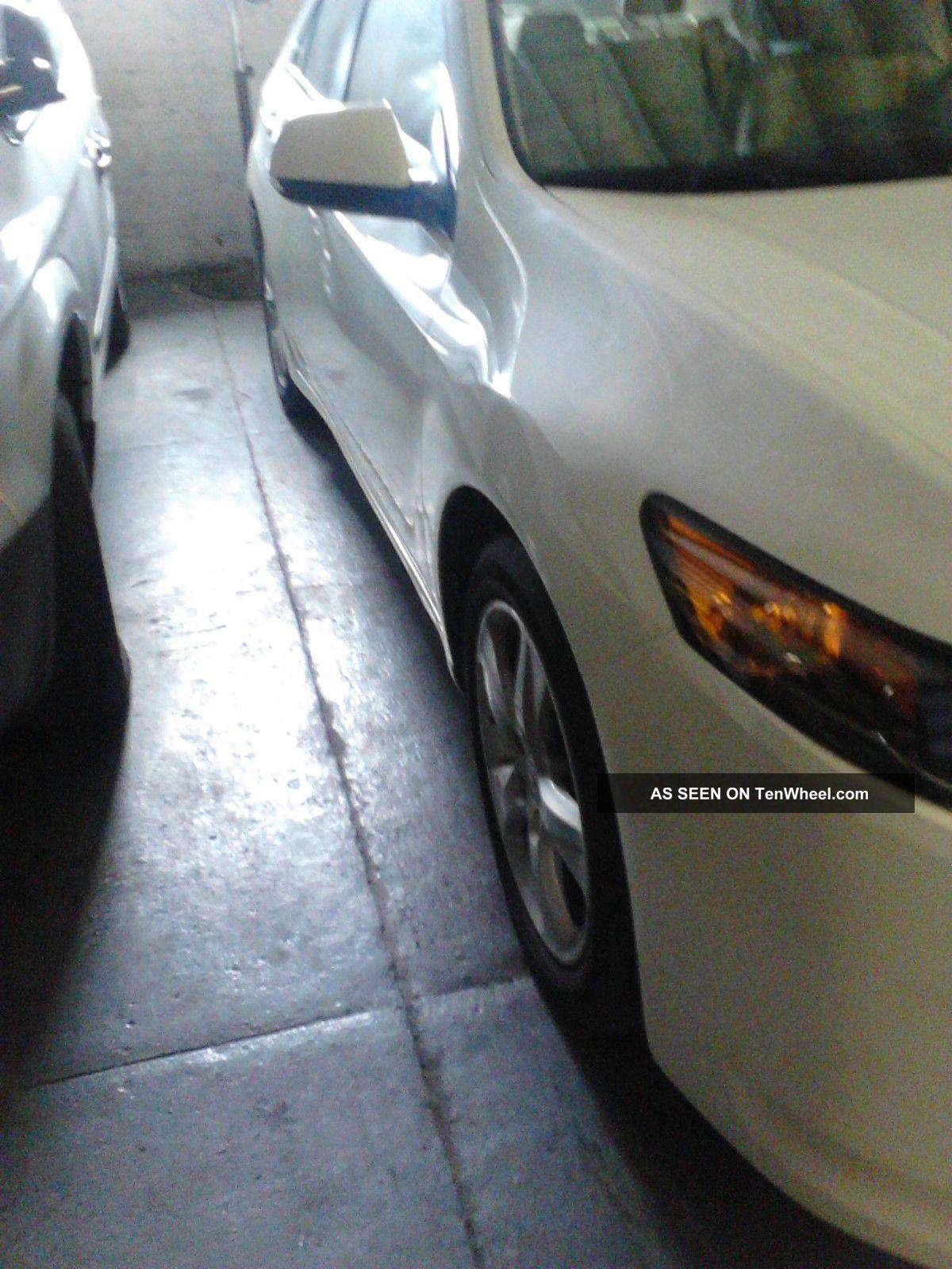 2010 Acura Tsx Base Sedan 4 - Door 2.  4l TSX photo