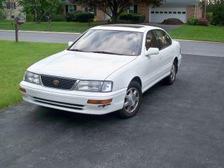 1995 Toyota Avalon Xls photo