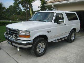 1995 White Ford Bronco photo