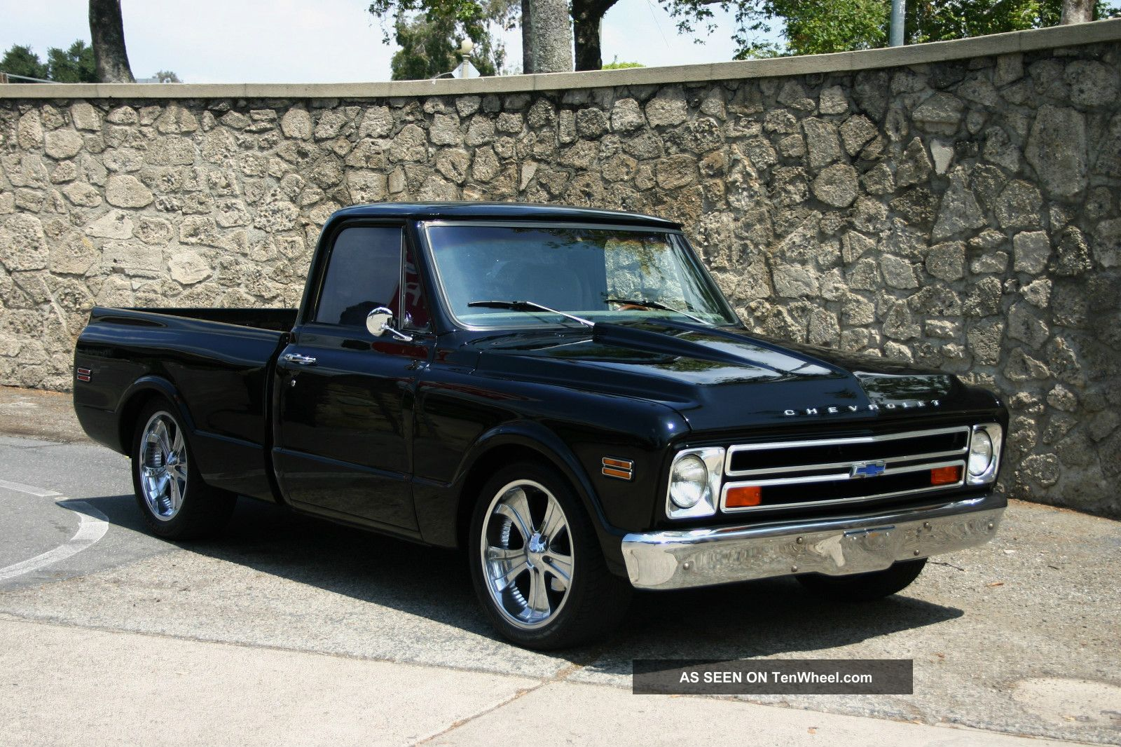 1968 Chevy C10 Truck Short Bed (pro Touring Show Truck Restomod No Rat Truck) C-10 photo