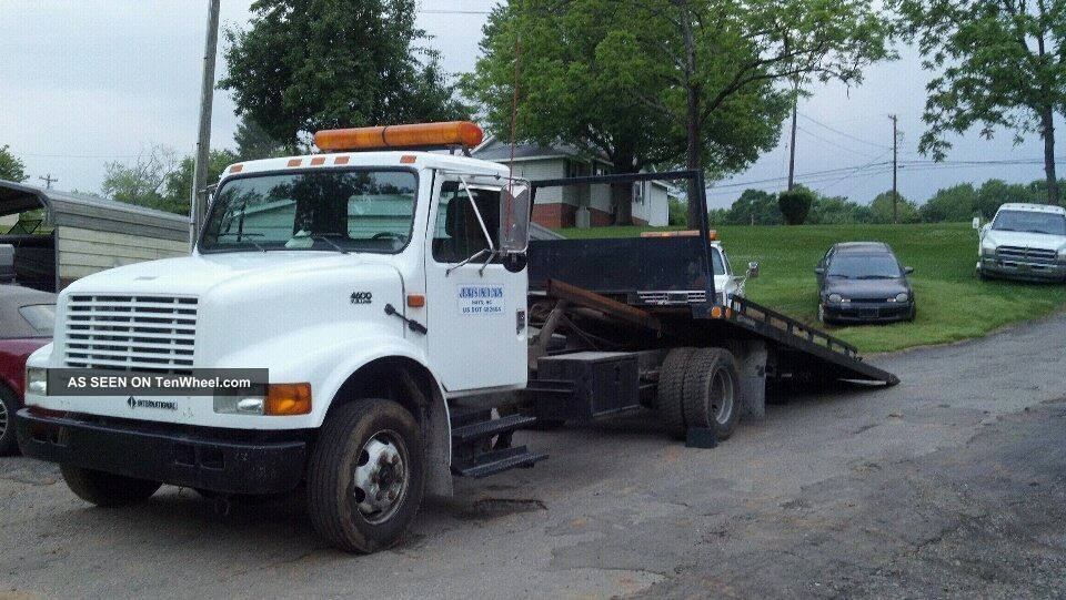 1994 International 4000 Series - Roll Back Other photo