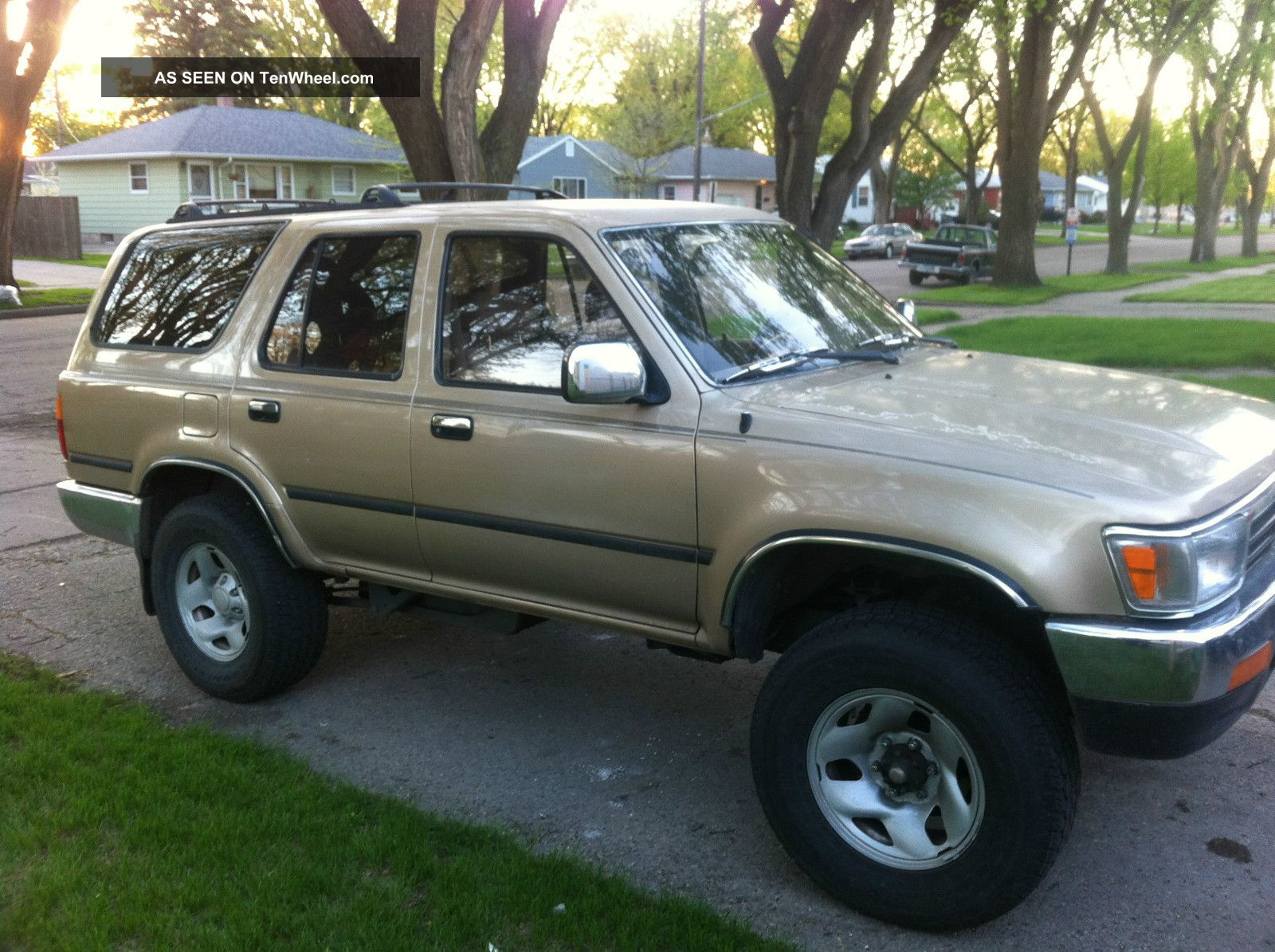 1995 Toyota 4runner 133,  000 4Runner photo